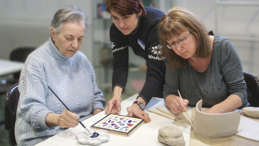 Treating dementia - occupational therapy